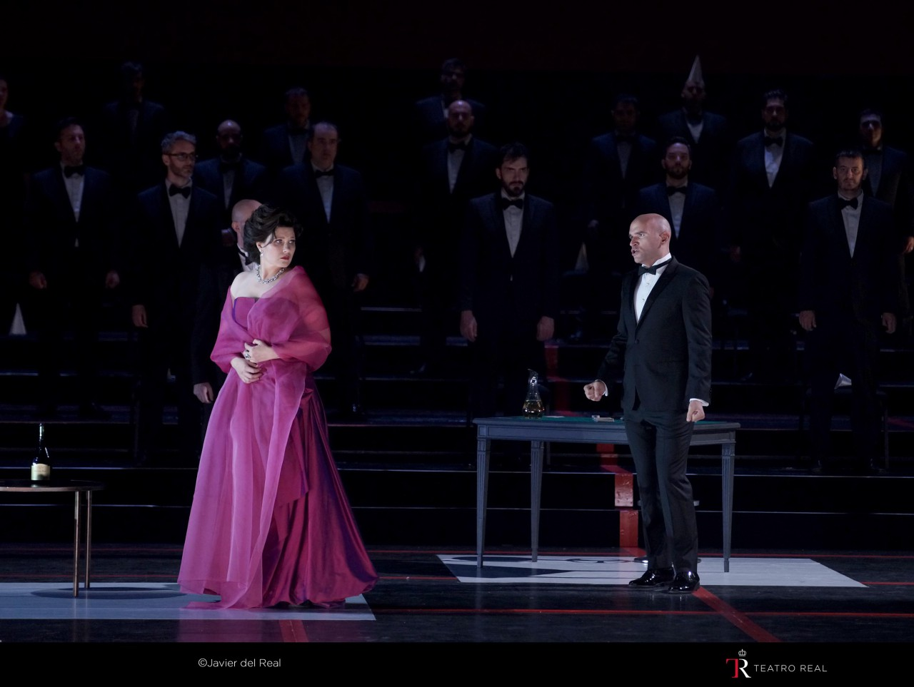 Teatro Real reopens with 'La traviata'.