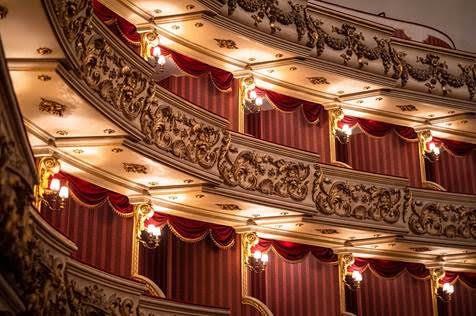 """FINE SETTIMANA IN MUSICA CON  """"SEI A CASA AL TEATRO FILARMONICO"""": Riprende l'attività artistica di Fondazione Arena"""